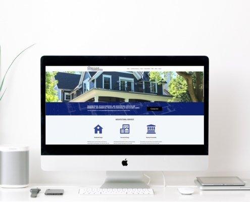Website on Monitor